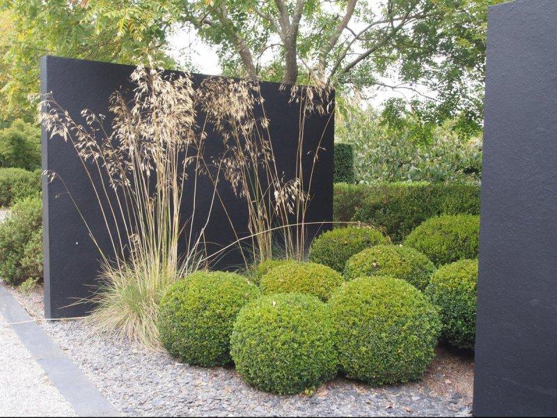 Plantations engazonnement et massifs paysagers pr s de for Boules decoratives jardin