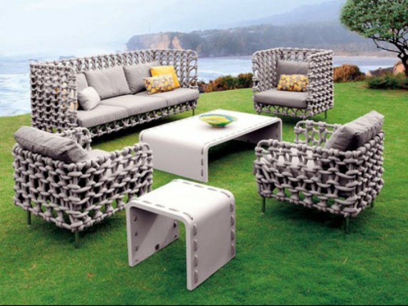Mobilier design d coration et am nagement de jardins for Salon jardin design contemporain