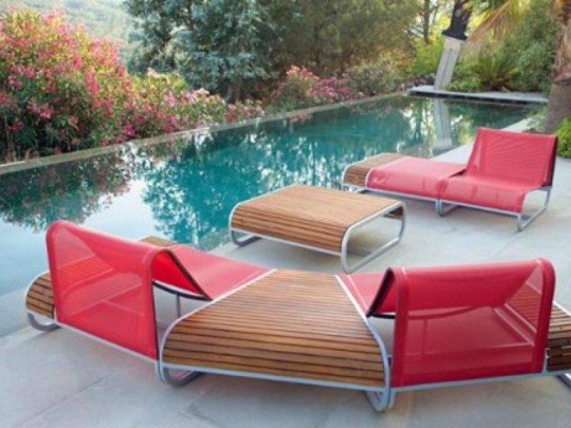 Decoration exterieur piscine top dco piscine interieur for Deco bord de piscine