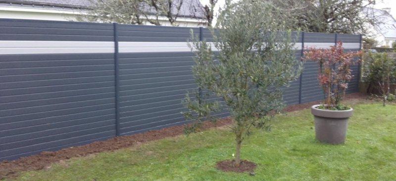 Palissade en aluminium theix pose d 39 un brise vue entre deux jardins arst l paysagistes - Palissade jardin aluminium ...