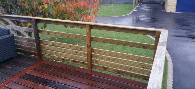 Gazon en rouleau et extension terrasse bois sur auray arst l paysagistes de - Extension terrasse sur pilotis ...