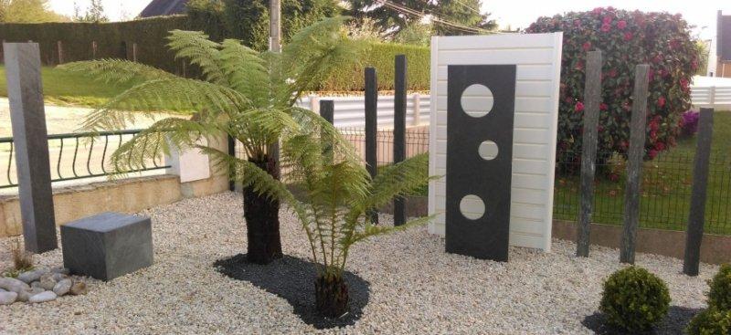 Amenagement jardin sans entretien id es d coration for Petit jardin sans entretien